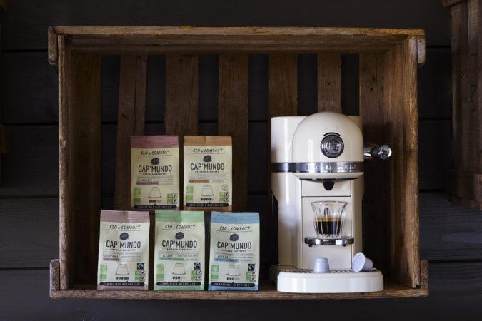 Fin 2015 : Lancement de Cap'Mundo Bio&Compost. Une capsule avec son opercule 100% Biodégradable et compostable avec du café certifié agriculture biologique et Fairtrade. version anglaise